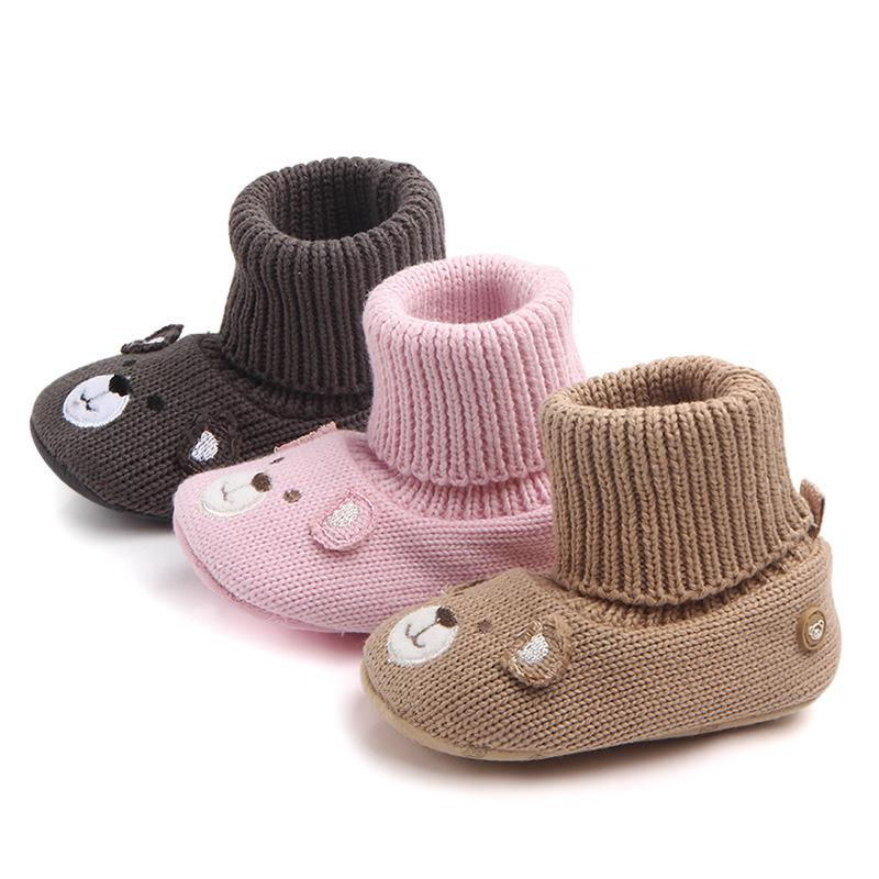bcd2507c41207 2018 Autumn Winter Handmade Yarn Baby Foot Wears Soft Indoor Worm Infant  Booties Baby Indoor Shoes Socks Cute Bear Style