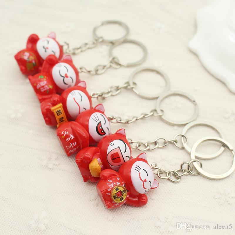 2018 key chain Lovely Cartoon Maneki Neko Lucky Cat mini plastic Toy Keychain For Children's Gift Purse Charms Pendant key ring