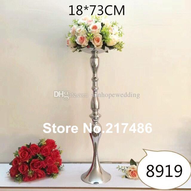 alto e grande pavimento in piedi candelabro d'oro con fioriera, centrotavola di fiori candelabri