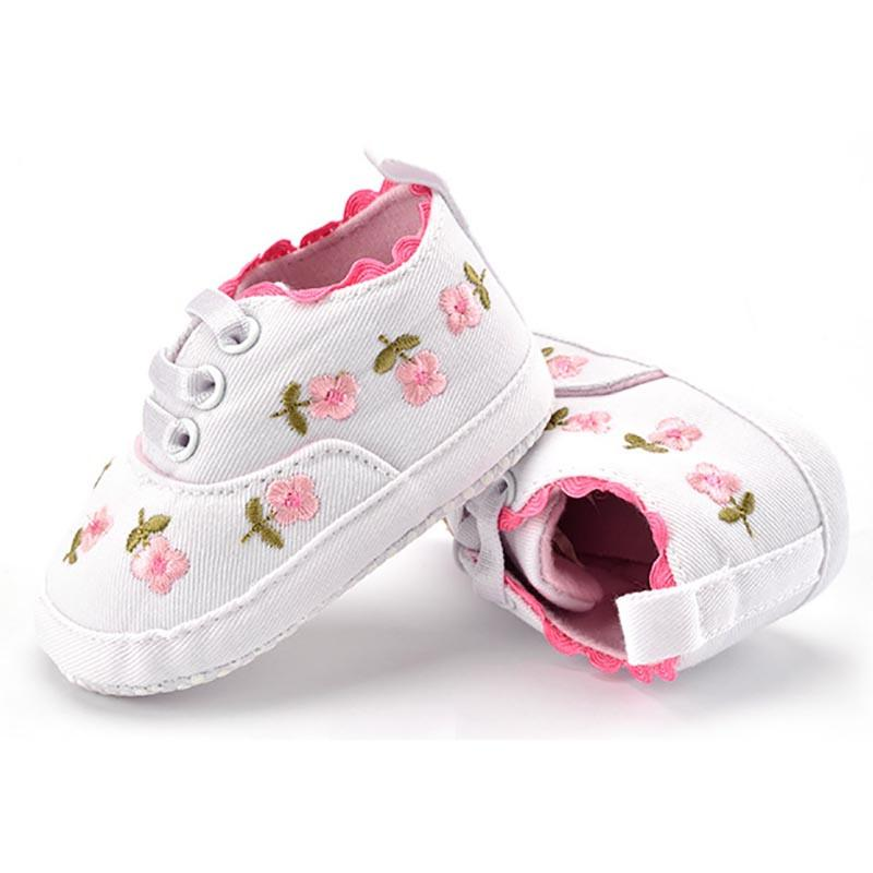 6c29821483560 Baby Girl Shoes White Lace Floral Embroidered Soft Shoes Prewalker Walking  Toddler Kids Shoes Free Shipping