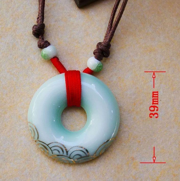 Ceramic Sweater Chain Retro Gold Imitation Jade Pendant Pendant Necklace Rope Chinese Craft Costume Fashion Upscale Clothing Women Jewelry