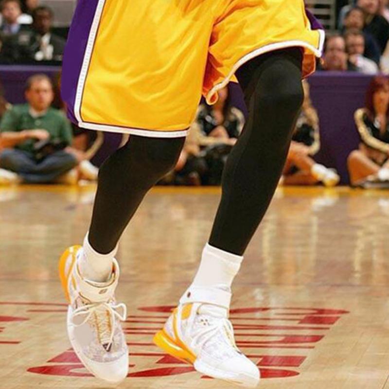 Elastic Sports Knee Support Leg Sleeve Protector Knee Pads Football ... 41cef8565
