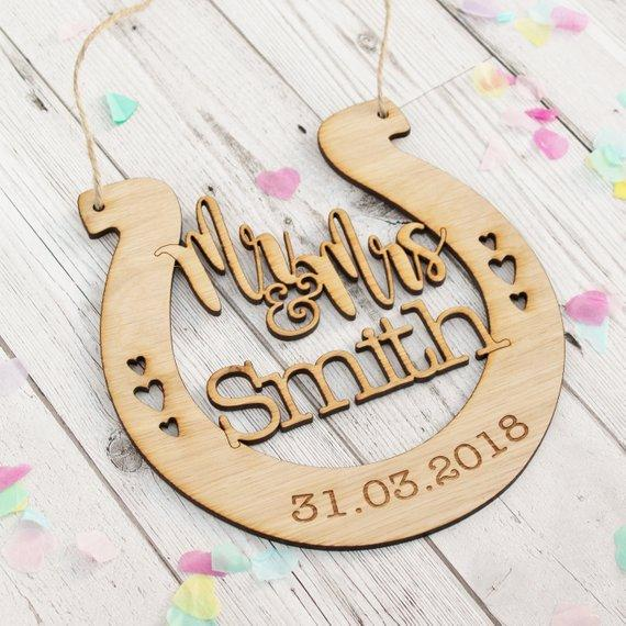 2019 Last Name Sign Rustic Wedding Gift Wall Decor Mr And Mrs