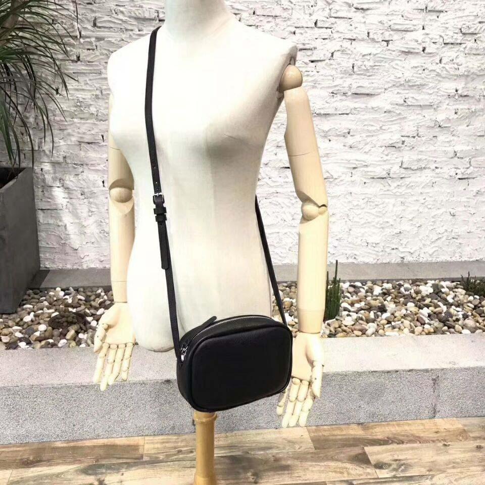 Bolso de lujo del nuevo estilo europeo bolso de la decoración cortical sólida suave de la carta desfile del desfile de moda del supermodelo de París