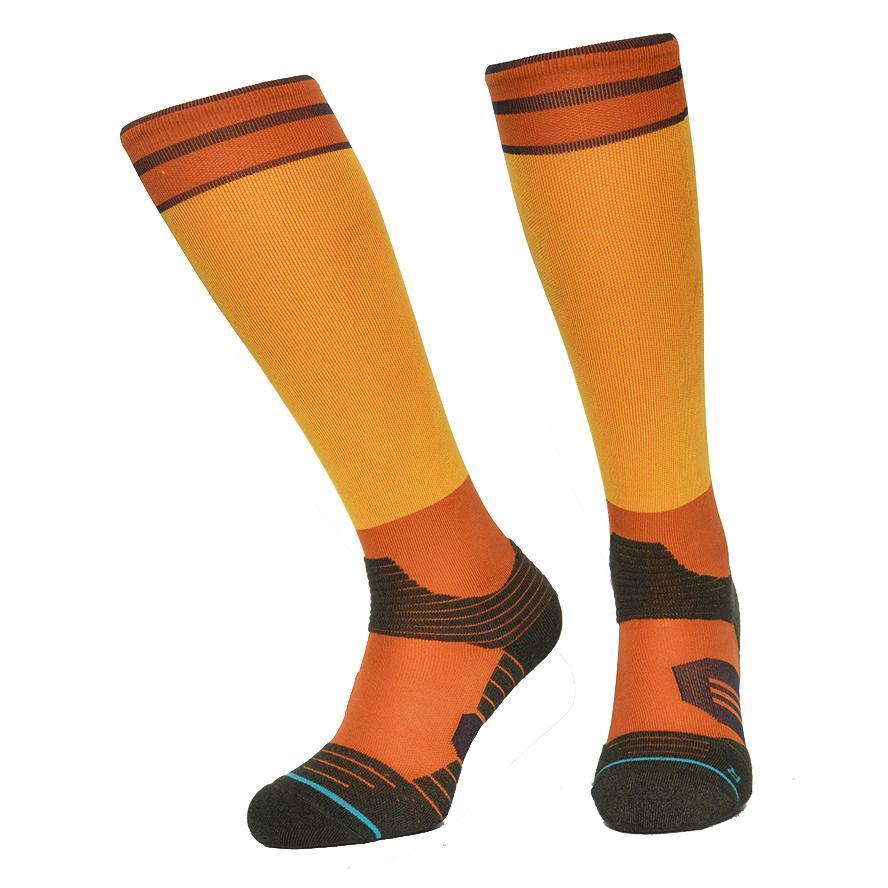 c2ff43410ab 2019 Socks Men Stocking Knee High Cycling Sock CoolMax Compression Running  Socks Skiing Hiking Outdoor Sports Meias For Men And Women From  Miaoshakuai