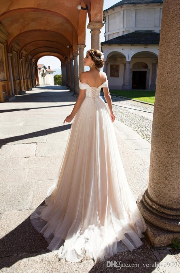 2018 Elegant Champagne Off Shoulders Beach Wedding Dresses Sexy A-Line Corset Back Bridal Gowns Plus Size Wedding Gowns