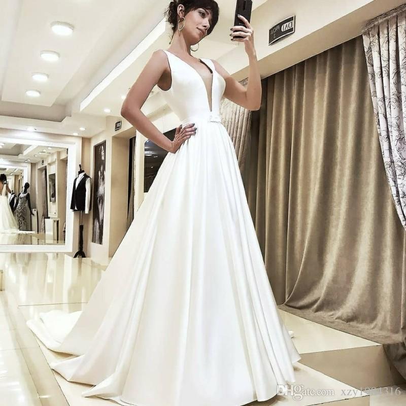 La Cathédrale Moderne Train 2019 Robe De Mariée Princesse Robes De Noiva Appliqued Corsage Satin Robe De Mariée Pour Le Mariage
