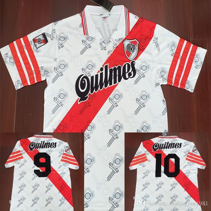 96 97 River Plate Retro Soccer Jersey Pablo Aimar Vintage Gallardo 1996  1997 Calcio MAGLIA Camisas Clásicas Camisa Maillot Camiseta De Futbol Por  ... f1095162c3a
