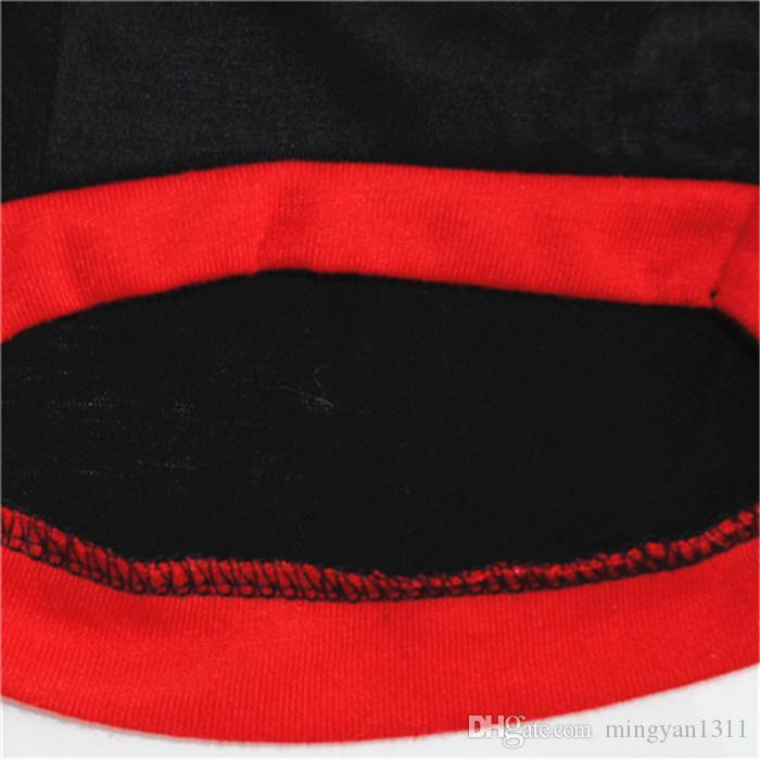 Pequeño perro de mascota de algodón negro con estampado de la reina de la corona camiseta manga corta ropa transpirable para peluche al por mayor