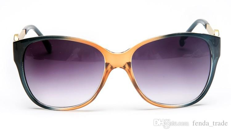 2018 brand Factory Price Sunglasses Hot Selling Fashion Brand Designer Sunglasses women Sun glasses Classic eyewear big Frame Oculos 8101