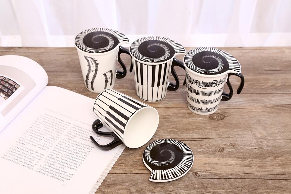 Musicien en céramique créatif tasse de café tasse à thé avec couvercle notes de musique comme cadeaux de professeur de Saint Valentin