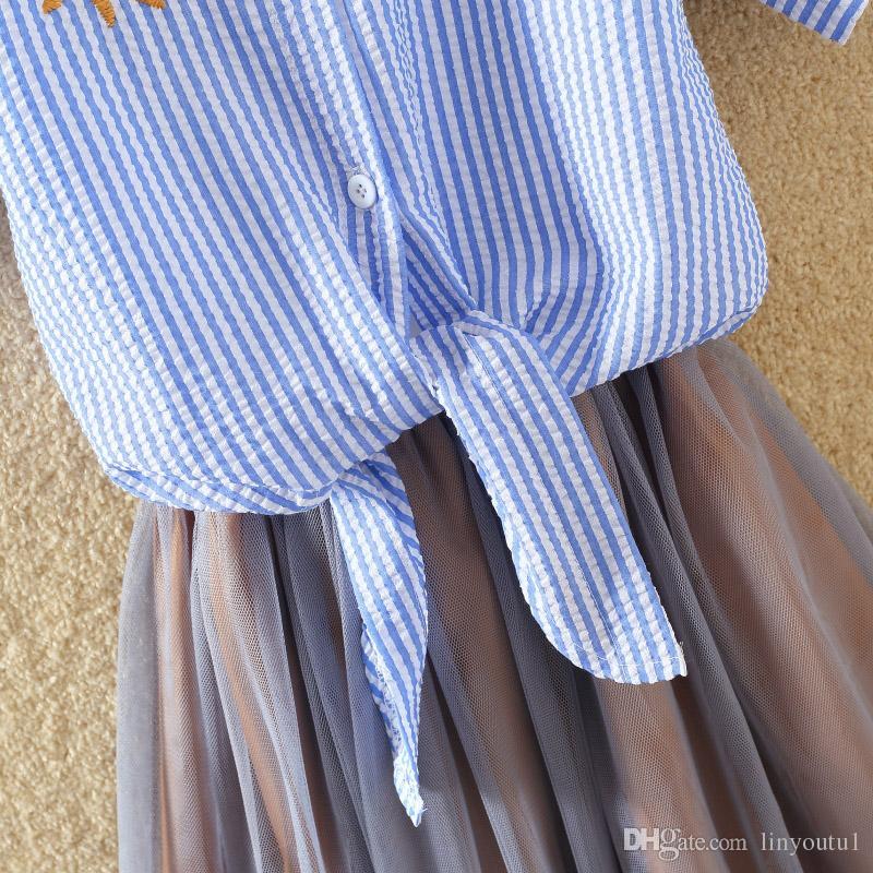 Femmes Blouse Chemises De Broderie 2018 Coréenne À Manches Courtes Fleur Broderie Blouse Lady Summer Top Plus La Taille Des Vêtements Pour Femmes
