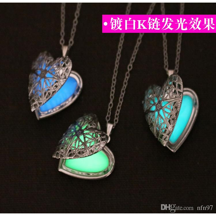 Open the night light hollowed out magic box hollowed out heart necklace creative hollowed out fluorescent stone glistening stone jewelry