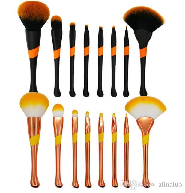 Makeup Brushes Kit For Power Foundation EyeShadow Blush Make Up Beauty Cosmetic Kits Powder brush Baseball Make Up Tools Scallop