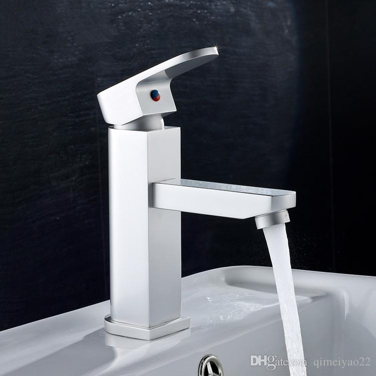 2018 Bathroom Faucet Deck Mounted Basin Mixer Faucet Chrome Sink Tap ...