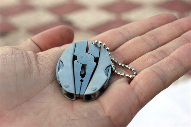 Multi Fonction Outil Pinces Porte-clés Sport En Plein Air Portable Mini Multitool Gadgets Tortoise Forme Pinces Pliantes Porte-clés 4 78gh WW