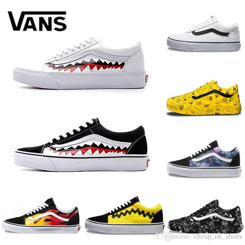 6966cfa73e0cb Acquista Vans Old Skool Uomo Donna Scarpe Casual Rock Flame Yacht Club  Sharktooth Peanuts Skateboard Canvas Uomo Trainer Sport Running Shoe  Sneakers A ...
