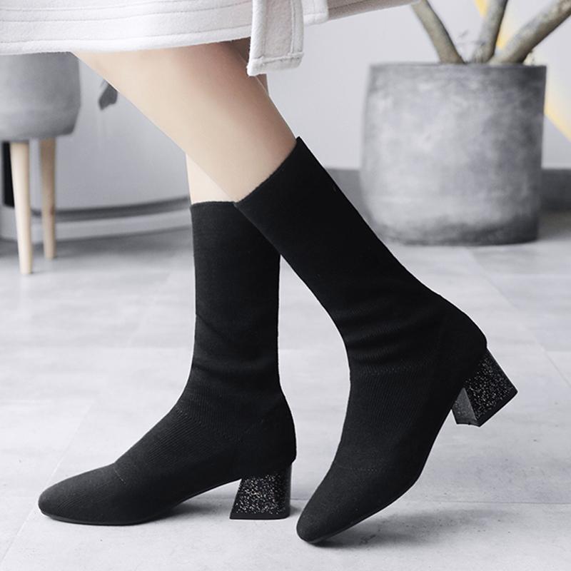 fb30e64a9f Compre S. Romance 2018 Mulheres Botas Plus Size 34 43 Botas De Salto Alto  Quadrado Meninas Inverno Senhoras Bombas Femininas Sapatos Meias Para Mulher  SB105 ...