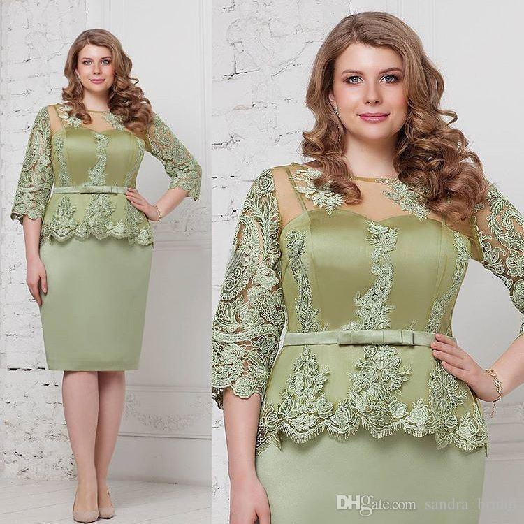 0c2fb8378de90 Plus Size Mother Of The Bride Dresses 3/4 Long Sleeves Green Lace Satin  Knee Length Formal Evening Wear 2018 Cheap Short Prom Dress Wedding Mother  Of The ...