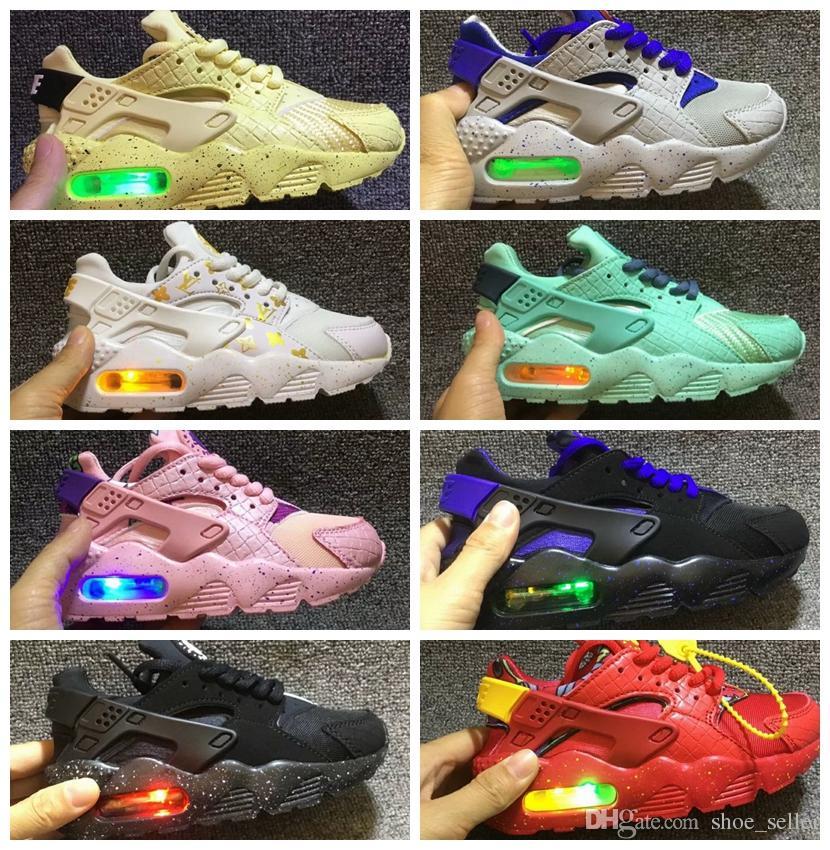 df06e0cedf7a6 Acheter Nike Huarache Air Max 2019 Air Huarache Infantile Running Designer Chaussures  Enfants Sports Blanc Enfants Huaraches Huraches Formateurs Hurache ...
