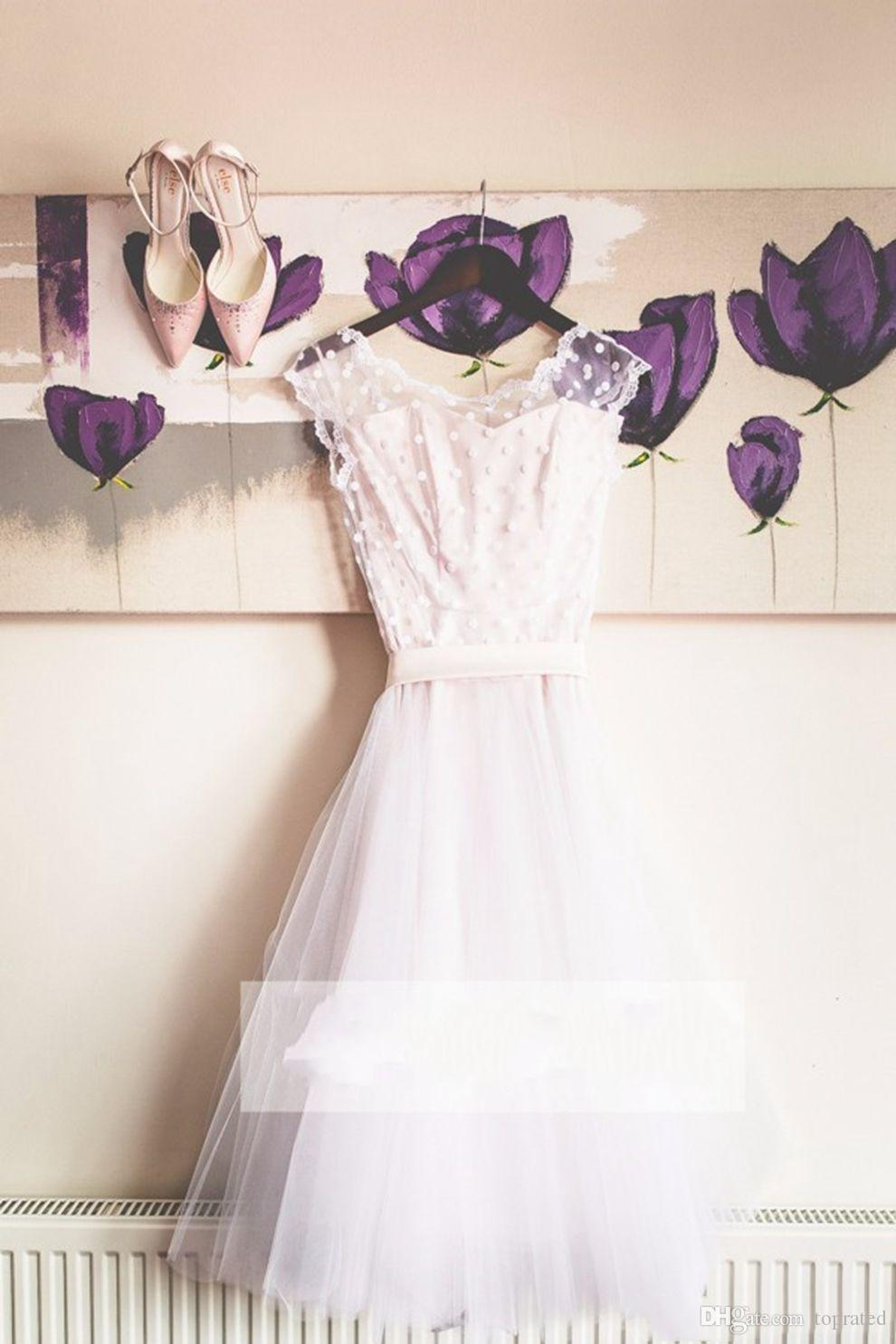 2018 Puffy Organza Skirt Short A Line Wedding Dresses Scoop Short Sleeves White Dots Country Wedding Bride Dresses Garden Bridal Gowns
