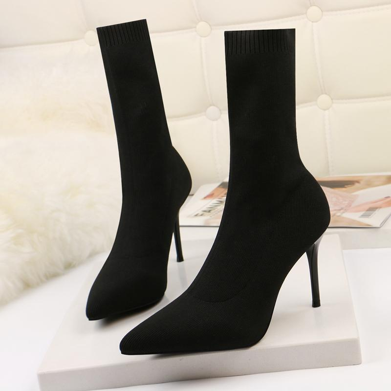 c9a8987034786 Teahoo 2019 Black Knitting Women Sock Boots Stretch Fabric Slip On Ankle  Boots For Women Sexy Pointed Toe High Heel Fringe Boots Boot Socks From  Clownie, ...