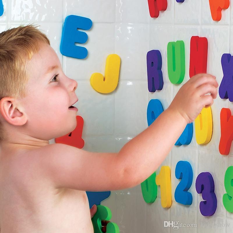 Дети Детские игрушки для ванны Дети плавающей пены воды игрушки классические игрушки образовательные 36 шт. / компл. 26 букв + 10 цифр  игрушка