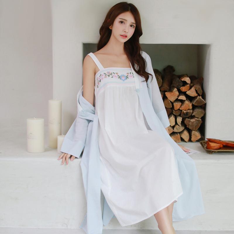 2c5b79272e Großhandel 2018 Herbst Frauen Vintage Reiner Baumwolle Prinzessin Robe Und  Kleid Sets Damen Casual Nachtwäsche Frauen Nacht Tragen Pijamas Retro 8097  Von ...