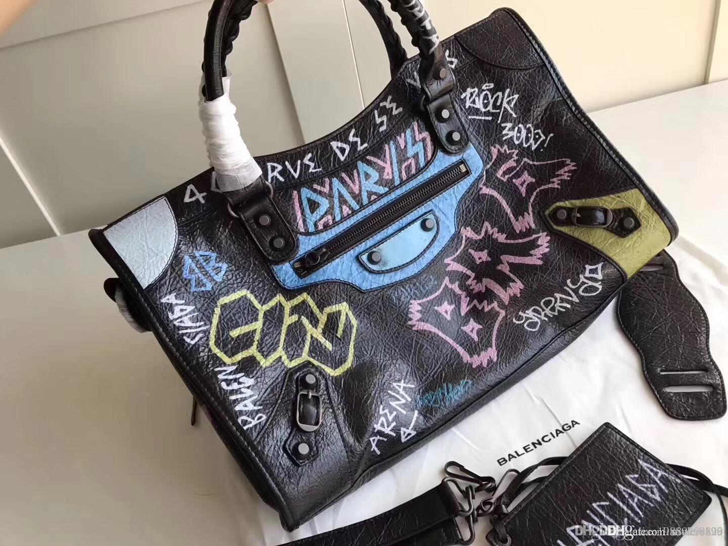 d5e951866139 Newest Fashion 2018 Classic Lady City Print Doodle Real Leather Graffiti Bag  Beautiful Women Lambskin Real Leather Ladies Handbags Cute Bags Purses For  ...