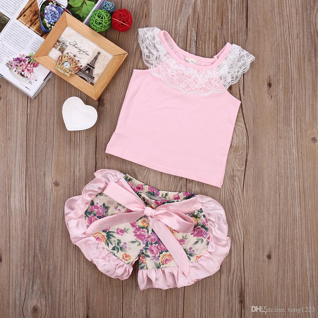 2017 2 unids Conjunto de Bebé de Verano Ropa de Bebé Niña Conjunto de Encaje + Shorts Florales Del Equipo de Niña, Rosa 0-24 M