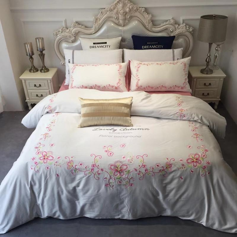 Queen King Size White Pink Bedding Set