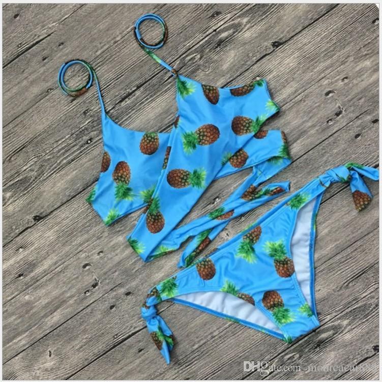 Europäische Badebekleidungs-Frauen-Kleidungs-Frauen-Badebekleidungsblumendruck 16 färbt rosarotes schwarzes reizvolles Bikini-Badeanzug freies Verschiffeneinzelverkauf ein Satz