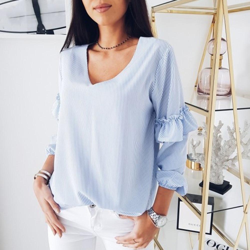 04c1b21460 Compre Camisas Boêmio Mulheres 2019 Com Decote Em V Listrado Longo Flare  Mangas Ruffle Blusa Blusas Mujer De Moda 2019 Verano De Caicaijin06