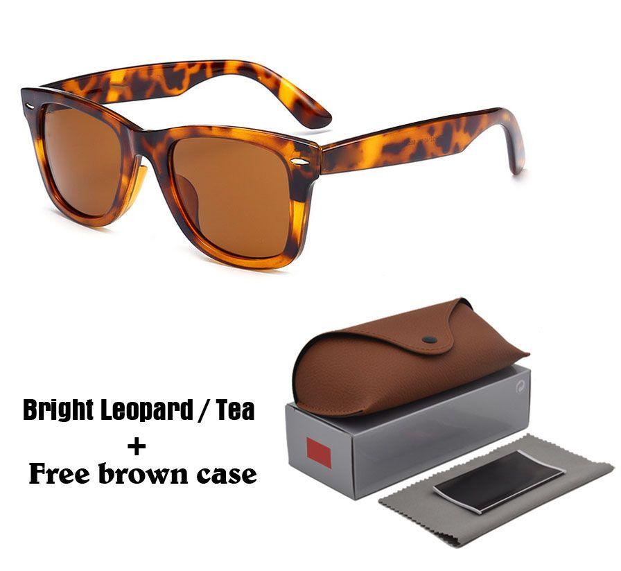 Compre 2018 Moda Estilo Clássico Óculos De Sol Para Homens Mulheres Marca  Designer Óculos De Sol Gafas Uv400 Lens Oculos De Sol Com Casos E Caixa De  ... 3b845d2d7f