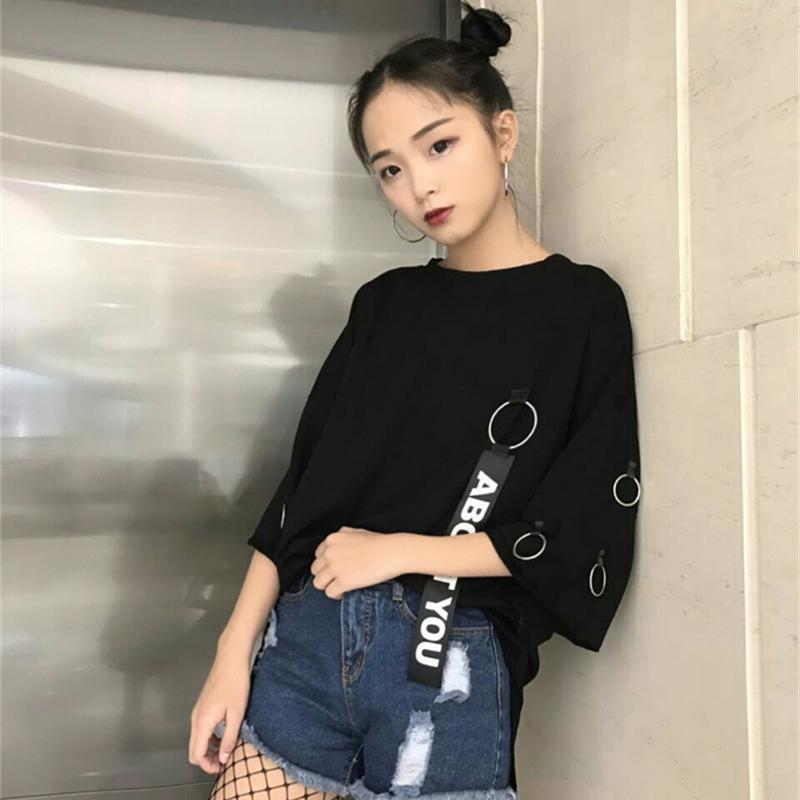 2ba3cbefc9e6 YouGeMan 2018 coreano Ulzzang Harajuku Retro Ribbon anillo Solid Loose  T-shirt Mujeres camisas casuales verano manga corta camiseta Top