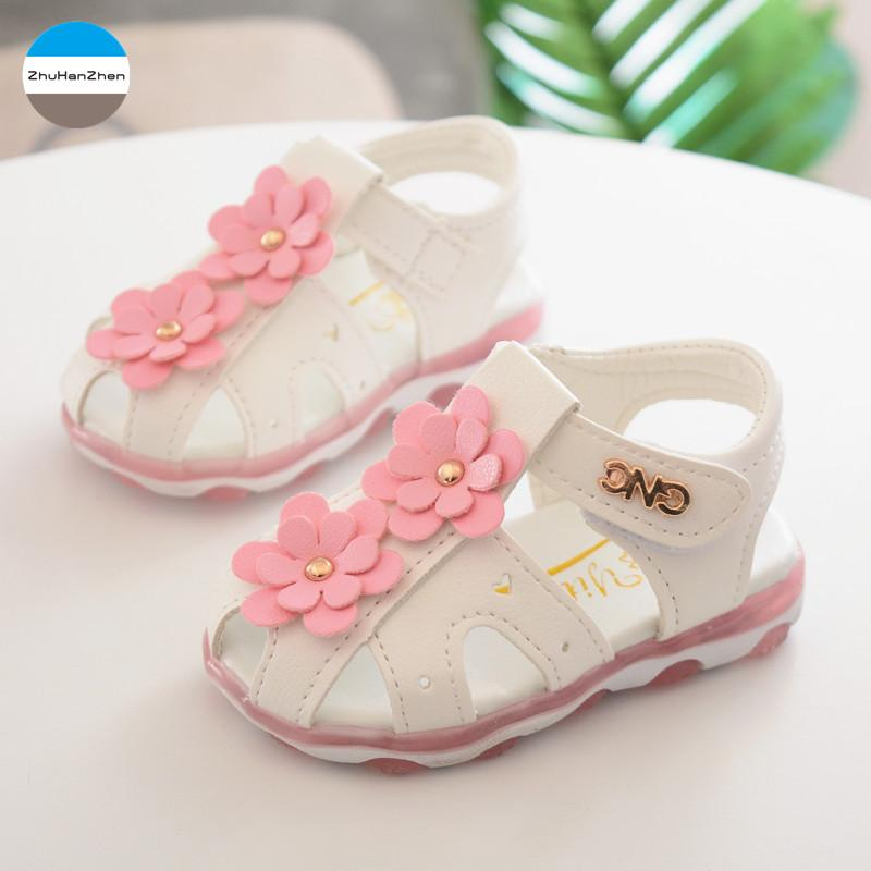 650afcf1a 2018 LED Lights 1 Year Old Baby Girls Flowers Sandals Glowing Princess Shoes  Lovely Newborn Prewalker Infant Soft Bottom Shoes Shoes And Sandals For  Girls ...