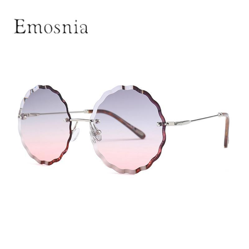 Compre Emosnia Mulheres Redondo Sem Aro Óculos De Sol 2018 Nova Tendência  Da Moda Único Clássico Lace Sun Glasses Homens Mulheres Sombra Eyewear  UV400 De ... 94da01258e