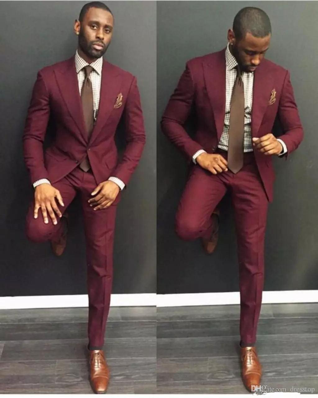 Compre Borgoña Boda Trajes Para Hombre Slim Fit Novio Esmoquin Para Hombres  Dos Piezas Padrinos De Boda Traje Barato Formal Chaquetas De Negocios Con  ... 12a54803595