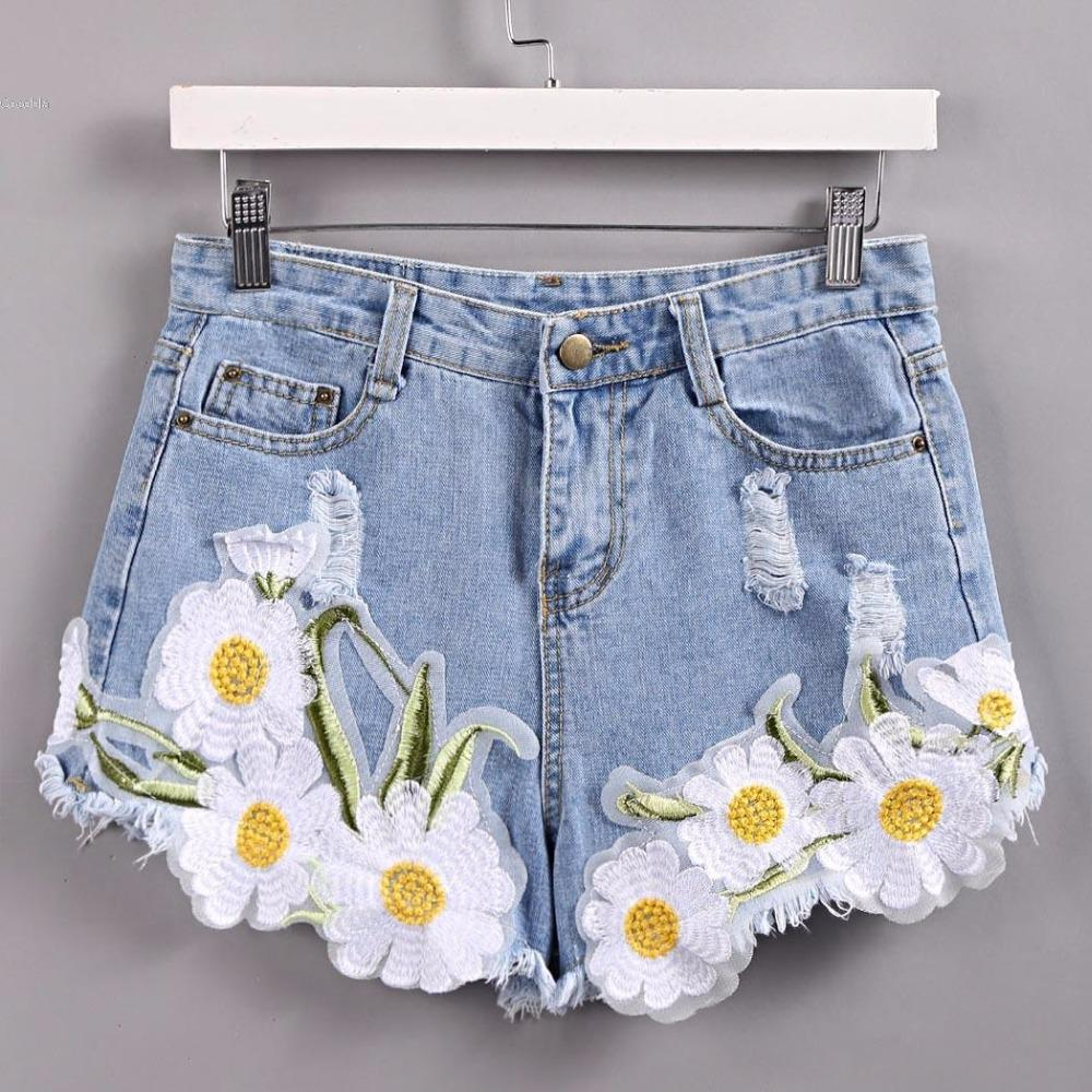 Abercrombie & Fitch Embroidered denim shorts