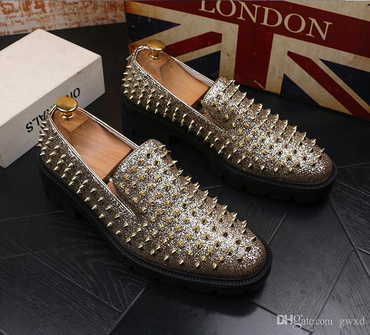 e0bc817000b 2018 New Style Fashion Gold Spiked Loafers Shoes Men Bling Sequins Banque  Wedding Shoe Male Slip On Rivets Shoes Leather Men Loafers J175 Leather  Shoes ...