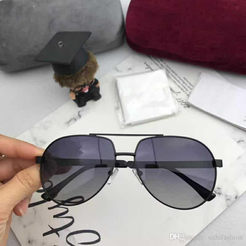 Compre Venda Quente Gucci 4302 Designer De Óculos De Sol Unisex Sunglasses  Designer De Marca De Luxo Óculos De Sol Para Mulheres Dos Homens De Alta ... 3de8c4890c