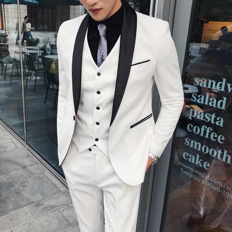 4af8508d085c0 Compre Prepare Boda Traje Blanco Con Contraste Collar Negro Hombres Smoking  Traje Homme Unión Smoking Homme Ternos Masculino Slim Fit A  163.68 Del ...