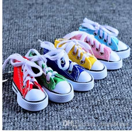 New Arrival Sport Shoes Keyring Mini 3d Sneaker Canvas Shoes Keychain Tennis Shoe Chucks For Men Jewelry