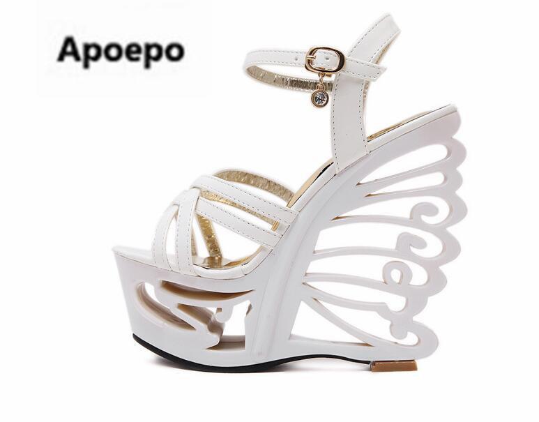 Acquista Apopeo Sandalia Feminina Nero Bianco Scarpe Donna Farfalla Stile  Sconosciuto 15 Cm Tacchi Alti Sandali Donne Sexy Pompe A Piattaforma A   93.91 Dal ... aadddef929e