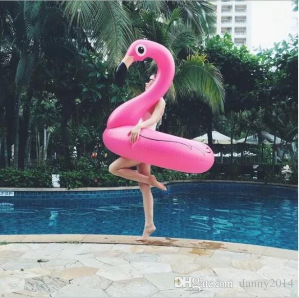 120 CM 60 Inç Dev Şişme Flamingo Havuz Oyuncak Şamandıra Şişme Gül Pembe Sevimli Binmek-on donuts Havuzu Yüzmek Halka Şamandıralar