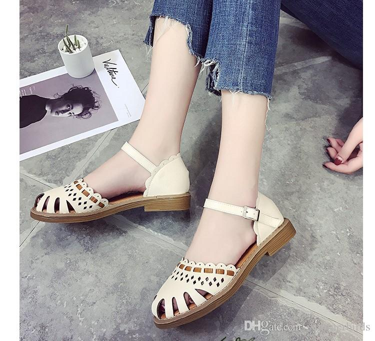 91a18a155a8 2018 New Korean Version Small Clear Low Heels Flat Sandal Pure Color ...