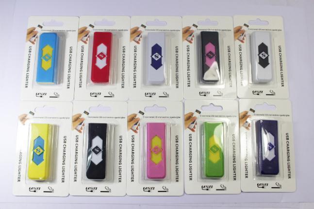 USB Encendedor electrónico Novedad Cigarrillo electrónico Encendedor de cigarrillos Encendedores USB Blanco Sin llama Nuevo al por mayor c127