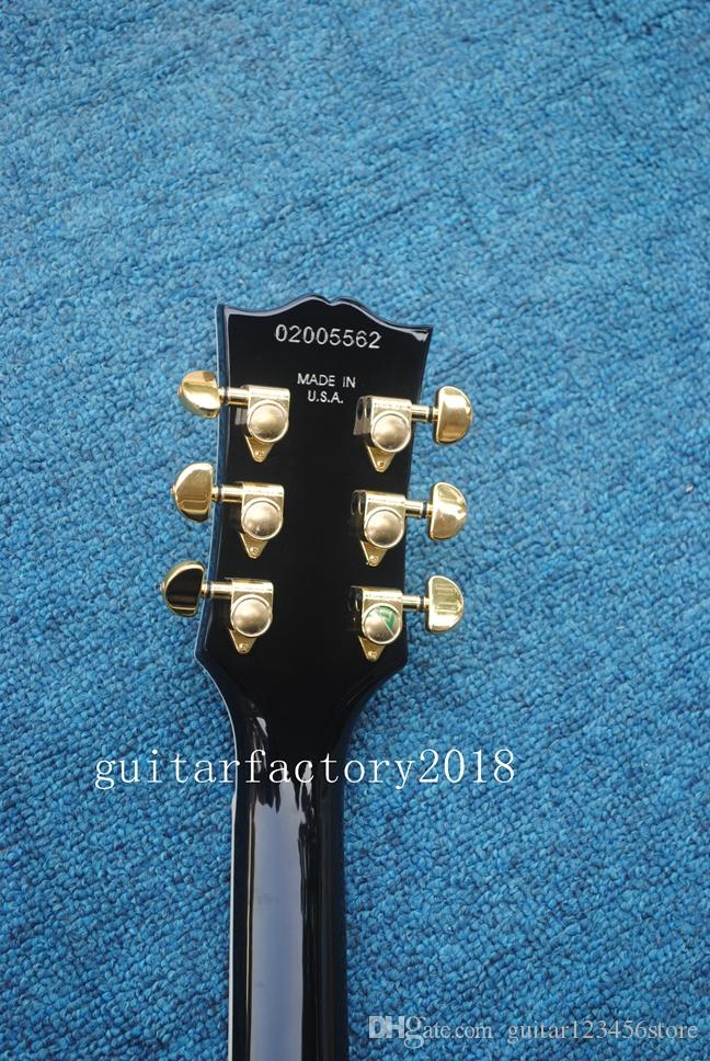 Guitare électrique Customzied en gros et nouvelle marque avec pickguard noir, matériel en or et système tremolo