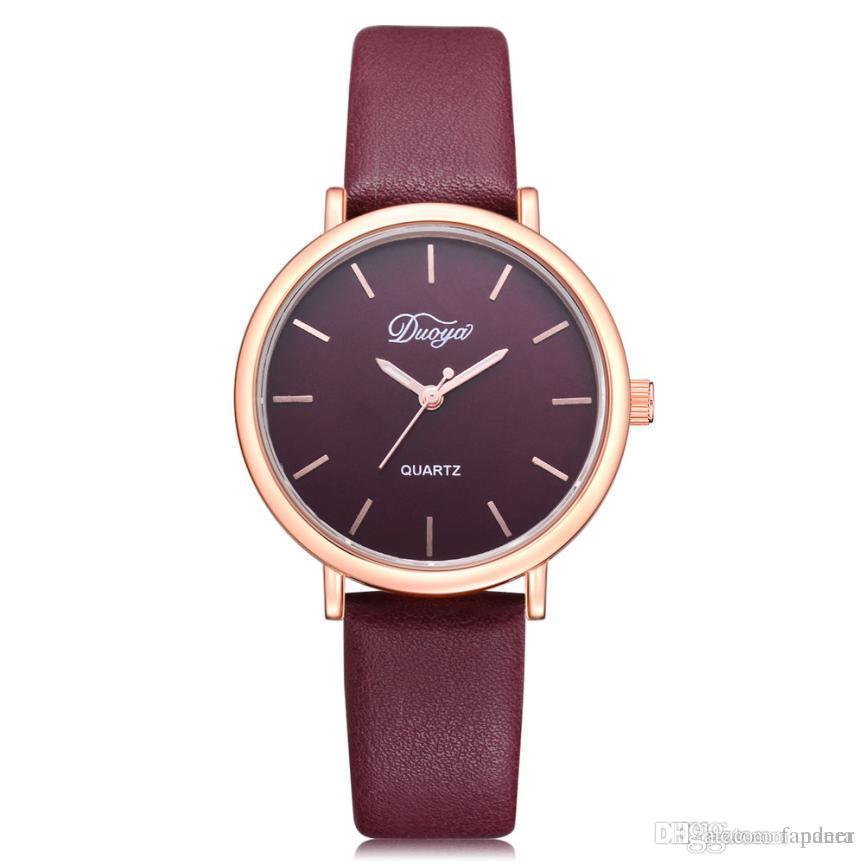 fa91dc09e00f Compre 2018 Nueva Pareja Reloj Casual Encantador Popular Color Puro Pu  Correa De Cuero Reloj De Cuarzo Para Hombres Mujeres Estudiante Reloj Mujer  A  25.62 ...