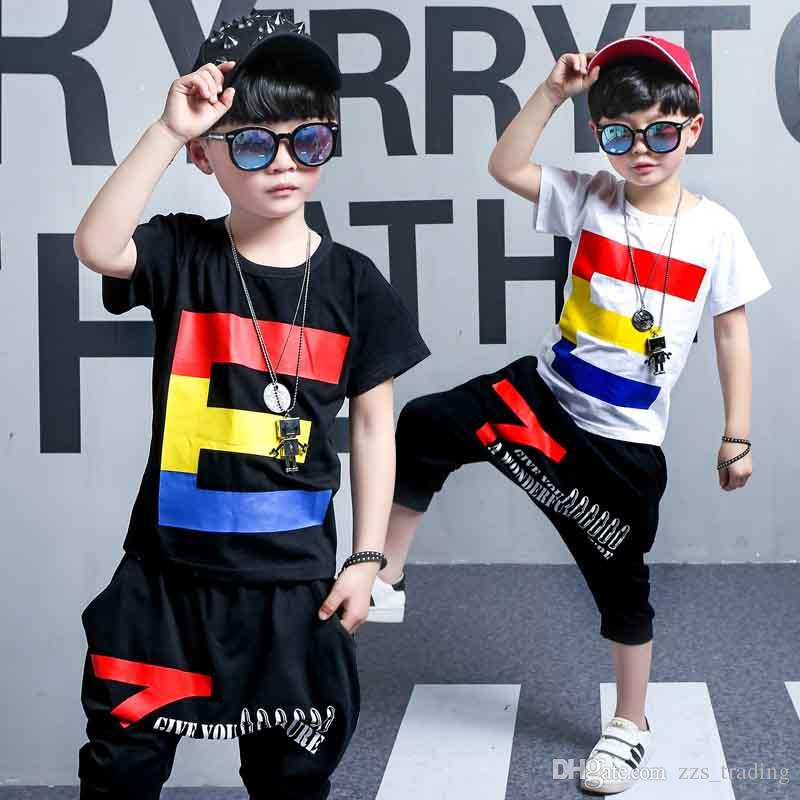 f4a5d247ada4 Acquista Gli Ultimi Modelli Vestiti Bambini Moda Bambini Ragazzo Set Di  Abbigliamento Estate T Shirt Manica Corta + Pant 2 Pezzi Abiti Tute A   16.79 Dal ...